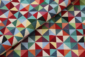 TISSU JACQUARD TRIANGLES MULTICOLORE