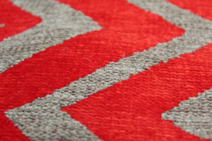 TISSU D'AMEUBLEMENT ZIG ZAG ROUGE / TAUPE