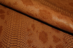SIMILI CUIR CROCO MARRON CAMEL