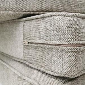 Nos Ateliers Confections ⭐✂️⭐  🔹Envie de nouvelles housses de canapé ? Choisissez votre tissu, nos couturières mettront leur savoir-faire en pratique pour la couture 😍  🔹Un tissu coup de ❤️ ? Offrez-vous des coussins et rideaux assortis !   🔹Besoin d'une nouvelle nappe ?  Nous vous la fabriquons avec une toile enduite (ou non), soulignée d'un joli biais assorti 😍  👍 Demandez-nous un devis en magasin