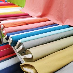 ✨ Douces popelines ✨  21 couleurs 150 cm 100% coton mercerisé 115 grs/m2  👌🏻🥰🎀🧵
