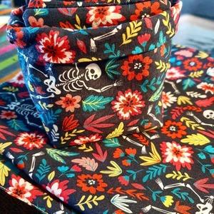 Jolies lingettes avec le petit panier assorti dans un coton coloré de motifs mexicains 🇲🇽  Avez-vous commencé vos cadeaux handmade pour la fête des mères 😍💞🌹 ?  Bravo à @l.antre.de.lesprit.creatif 😘👏🏻👏🏻👏🏻👏🏻