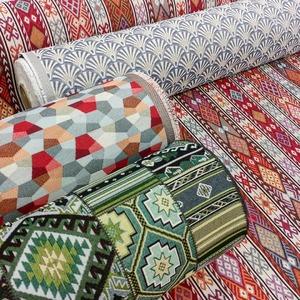 Les nouveaux Jacquard petits motifs sont arrivés ! 🎉 Osez le blazer ou la petite jupe avec ces motifs ethniques, c'est super tendance pour l'hiver ! . 👗😘❄ . ▪ Tissu éventail papyrus art déco marine ▪ Tissu Jacquard diamants rouge ▪ Tissu ethnique aztèque patchwork vert ▪ Tissu petit ethnique aztèque rouge . . . #jacquard  #tissusameublement  #tissuhabillement  #mode  #modehiver  #modeautomne  #ethnique  #motifethnique  #colored  #jecoudspourmoi  #coutureaddict  #sewing  #coudrepourleplaisir
