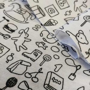 Le P U L ☔ - imperméable - C'est le tissu qu'il vous faut pour confectionner vos couches lavables !  Petits motifs 🍒 et jouets 😍👶 . Couches lavables 🌿 Trousses 🎒 Serviettes hygiéniques 👌 Alèses de lit 🌜🌠 Lingettes démaquillantes 💄 . #selancerdanslezerodechet  #ecologique  #economique  #zerowaste  #consommerautrement  #tissupul  #impermeable  #waterproof