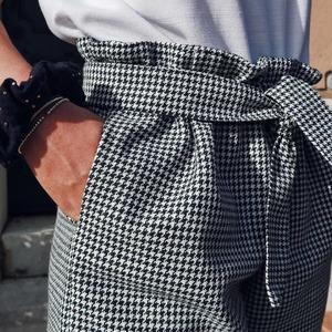 Les créations de @creach.sewing sont de pures merveilles !! Et elle ne fait que débuter ! On adore le rendu avec ce tissu style écossais pied-de-poule 🍀 !  👏👏👏👏👏😍❤