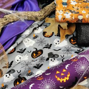 🎃 HALLOWEEN se rapproche ! C'est le moment de préparer votre fête du 31 Octobre !  💡Pour la table : nappe, serviettes, chemin de table en jute, panière à bonbons coton, décoré de feuilles sèches, lierre, bougies, fausse toile d'araignée, petites citrouilles et autres accessoires d'Automne🍂  💡 Pour les déguisements : tout est possible ! En feutrine, satin, fausse fourrure, vous trouverez chez nous et sur notre compte Pinterest beaucoup d'idées inspirantes !  🧵Alors bonnes cousettes ! Montrez-nous vos jolies créations avec #tissusplus @tissusplus ❤️  #halloween #tissusaddict #instacouture #happyhalloween #lovecouture #lacouturecestlavie
