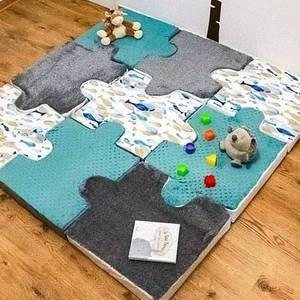 Que pensez-vous de cette adorable réalisation à la fois fonctionnelle, douce et décorative ? 🌈🌈🌈 Coup de ❤ pour ce tapis puzzle réalisé par @mon_bebe_joly_ 🌈🌈🌈 Il va en passer des heures bébé à jouer et à dormir sur ces tissus tout doux 😊🌈 . . . #jecoudspourbebe  #tapispuzzle  #thèmemer  #minky  #doudou  #chambrebebe  #ludique  #jouets  #universbebe  #couturebebe  #couturiere  #babylove  #desheuresdetravail